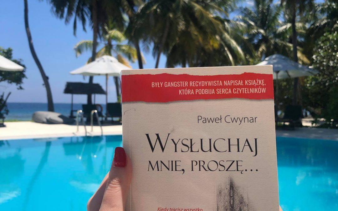 W momencie, kiedy sięgnęłam po tę genialną książkę – przepadłam na wiele godzin.